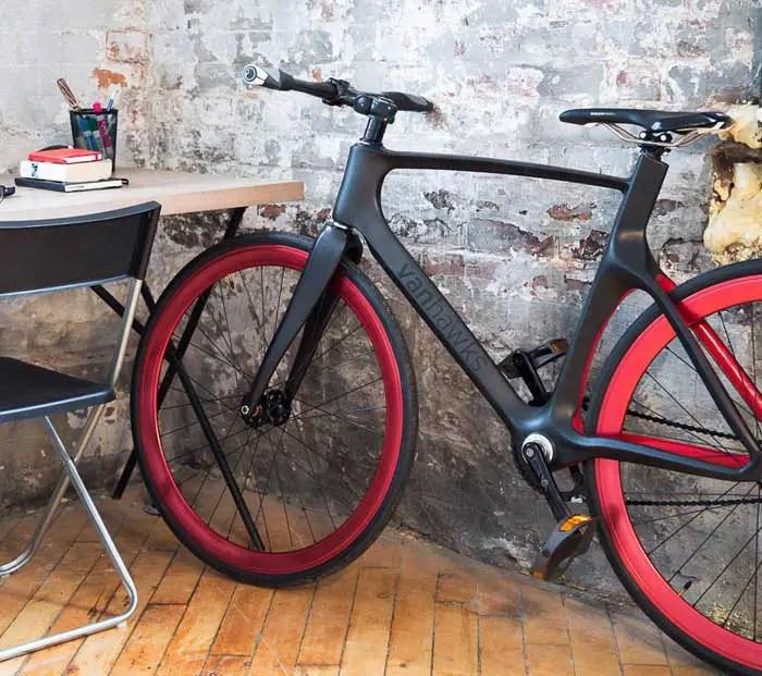 Vanhawks Valour connected bike