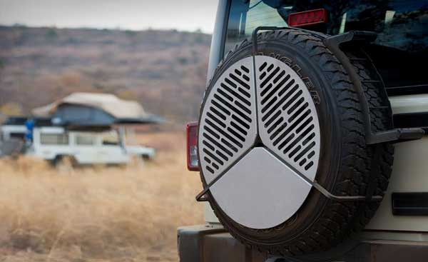 grate is able to adjust to fit tire sizes from 29″ to 37″