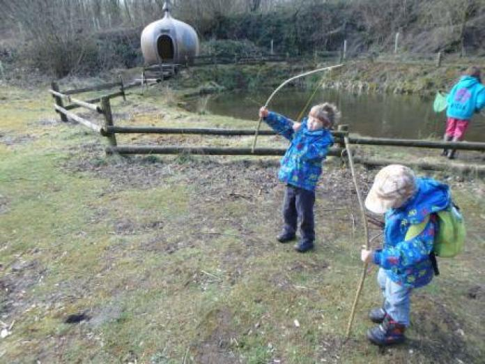 Making Bows & arrows - Easter2016
