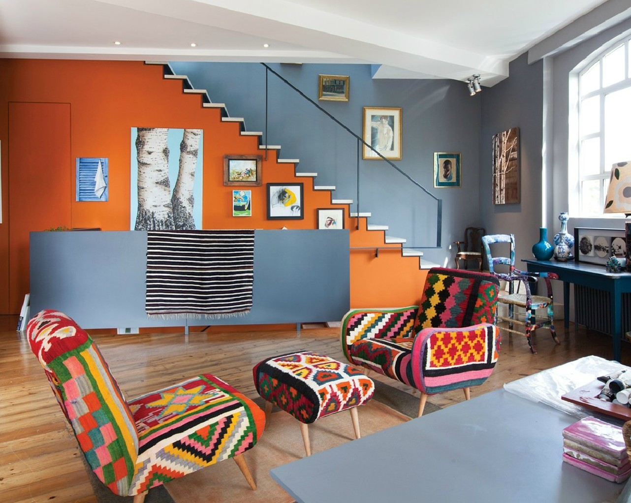 Fascinating Blue What Colors Go Orange Walls Roselawnluran Colors That Go Orange Orange Hair Orange Walls Home Design What Colors Go What Color Furniture Goes houzz-03 What Colors Go With Orange