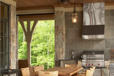 outdoor kitchen. outdoor kitchen ideas. practical and beautiful outdoor kitchen. outdoorkitchen