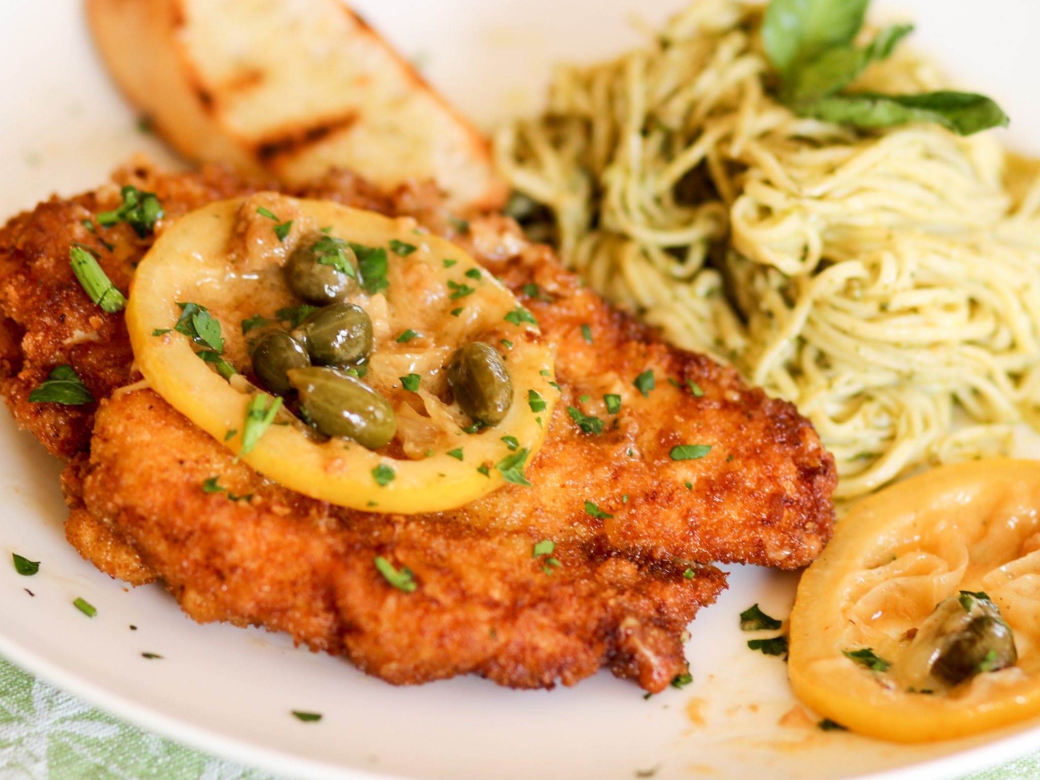 Dining Ken Piccata What Salad To Serve Ken Piccata Lemon What Vegetable To Serve Ken Picatta Ken Breaded Ken Cutlets nice food What To Serve With Chicken Piccata
