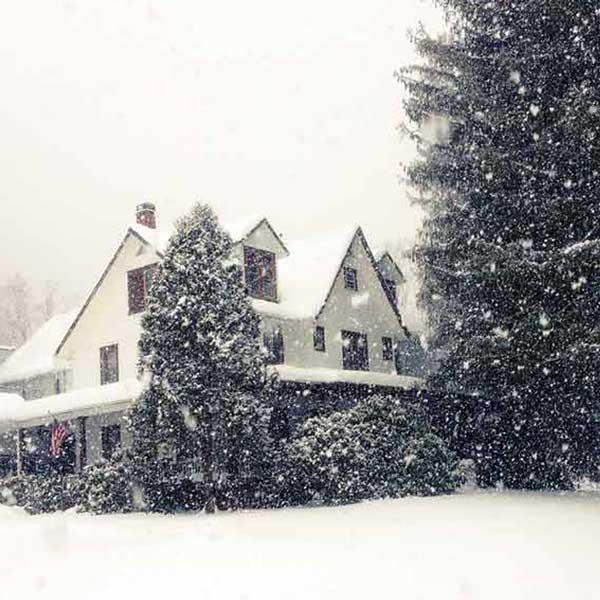 Homestead-Resort-Winter Best Family Vacation & Barn Wedding Resort