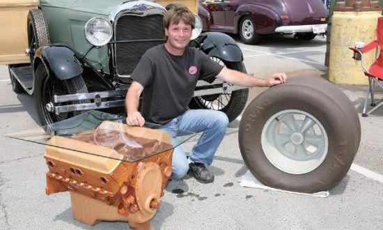 This Coffee Table Is 1 1 Scale Wooden Replica Of Chevy 350