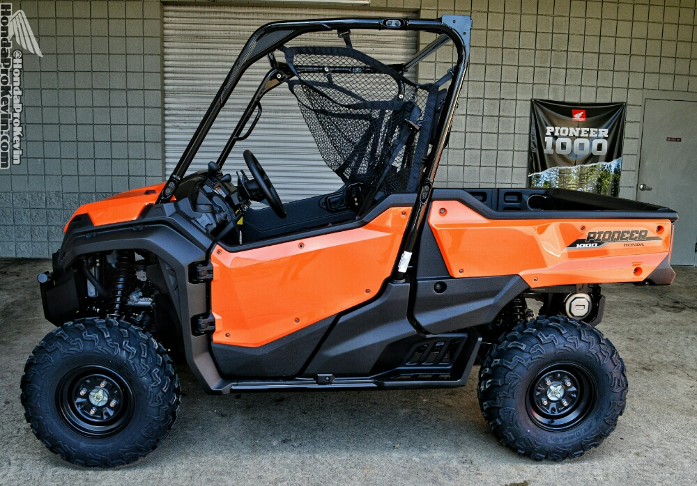 detailed 2016 honda pioneer 1000 review of specs videos. Black Bedroom Furniture Sets. Home Design Ideas