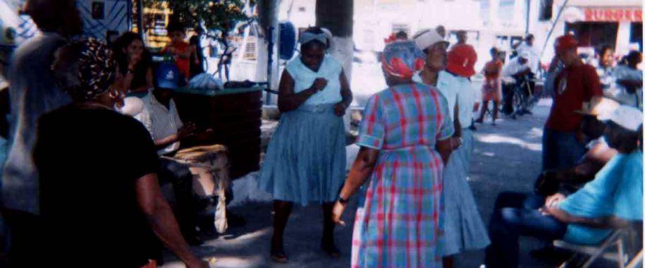baile-garifuna-parque-central-la-ceiba
