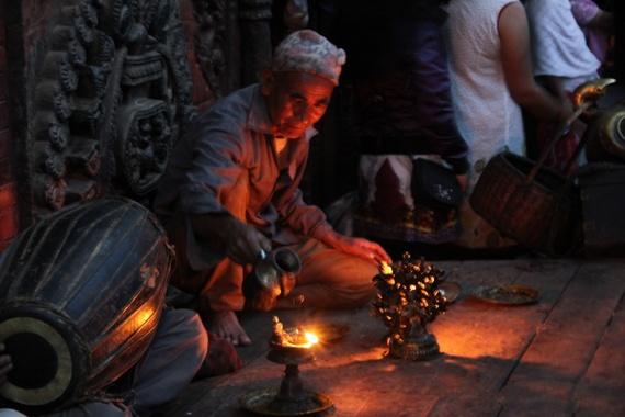 Bhaktapur temple prayers