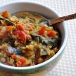 Vankaya Capsicum Vepudu / Baingan Shimla Mirch (Eggplant sauteed with Red Bell Peppers)