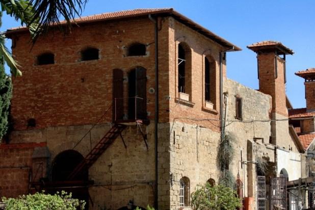 מבנה במתחם היקב בראשון לציון צילום:Neukoln