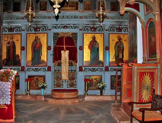 האיקונוסטאזיס בכנסייה יוצר: תמר הירדני