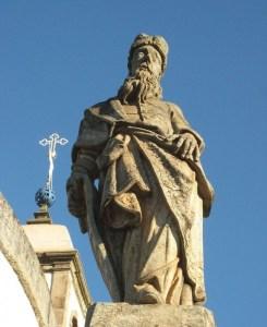 פסל של נחום, בזיליקת בום ז'זוס דה מטוזיניוס, קונגוניאס, ברזיל