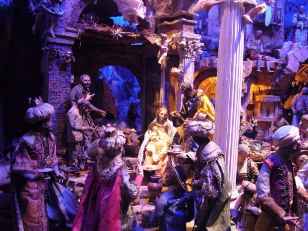 Detail of an elaborate Neapolitan presepio in Rome User:Howardhudson
