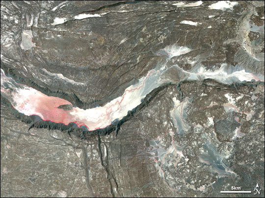 Satellite image of a graben in the Afar Depression