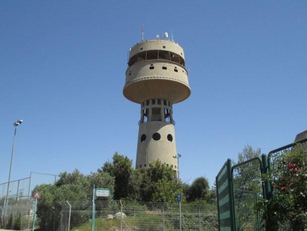 """המגדל במגדל העמק שבראשו הייתה אמורה להיות """"מסעדה מסתובבת"""" Dr. Avishai Teicher Pikiwiki Israe"""