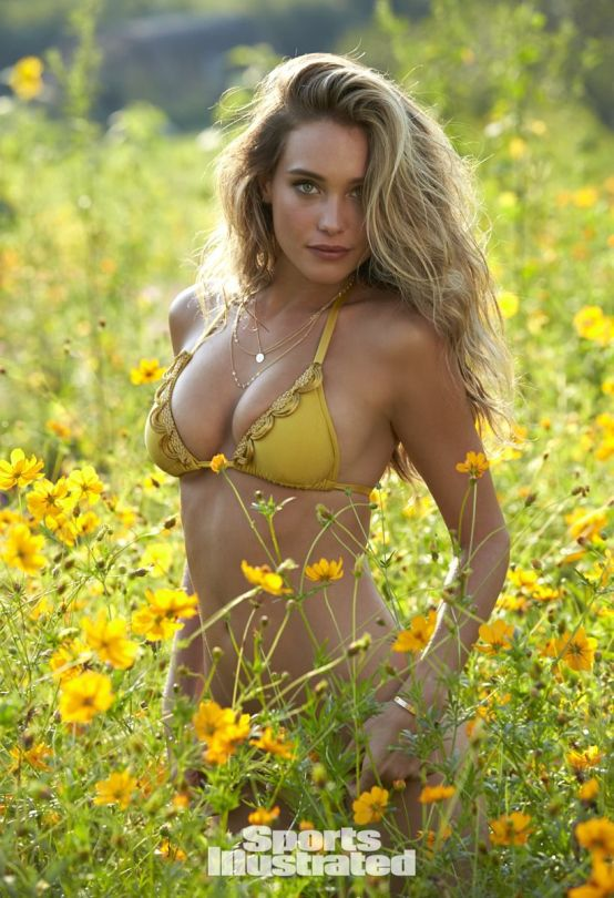 february 11 2015 hannah davis sports illustrated swimsuit issue 2015