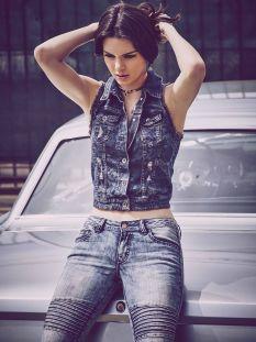 Kendall_Jenner (2)