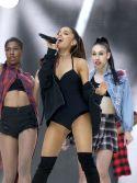 Ariana Grande (11)
