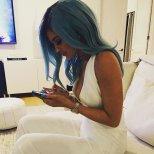 Kylie 001