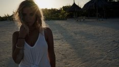 Ashley Benson (34)