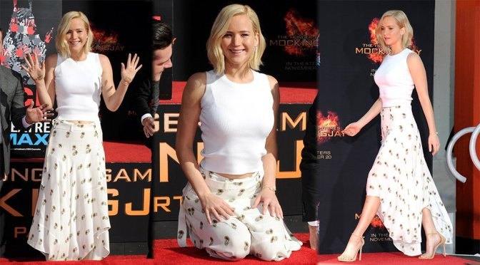 "Jennifer Lawrence – ""The Hunger Games: Mockingjay Part 2"" Handprint Ceremony"