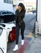Kylie Jenner (17)
