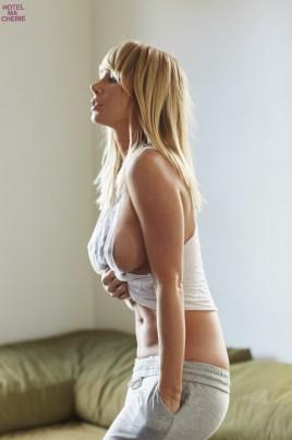 Sara Underwood (8)