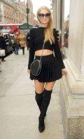 Paris Hilton (8)