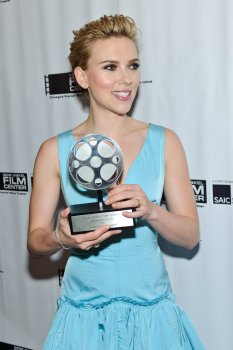 Scarlett Johansson (12)