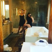 Ariel Winter and Her Sister 1
