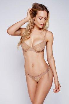 Hannah Ferguson (25)