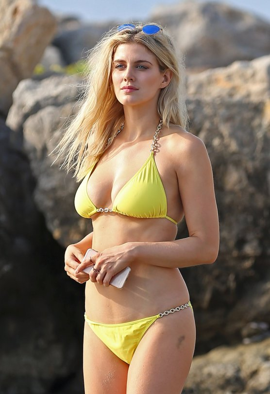 2 of 3 candid bikini butt tits pussy slip tanning pool side 5