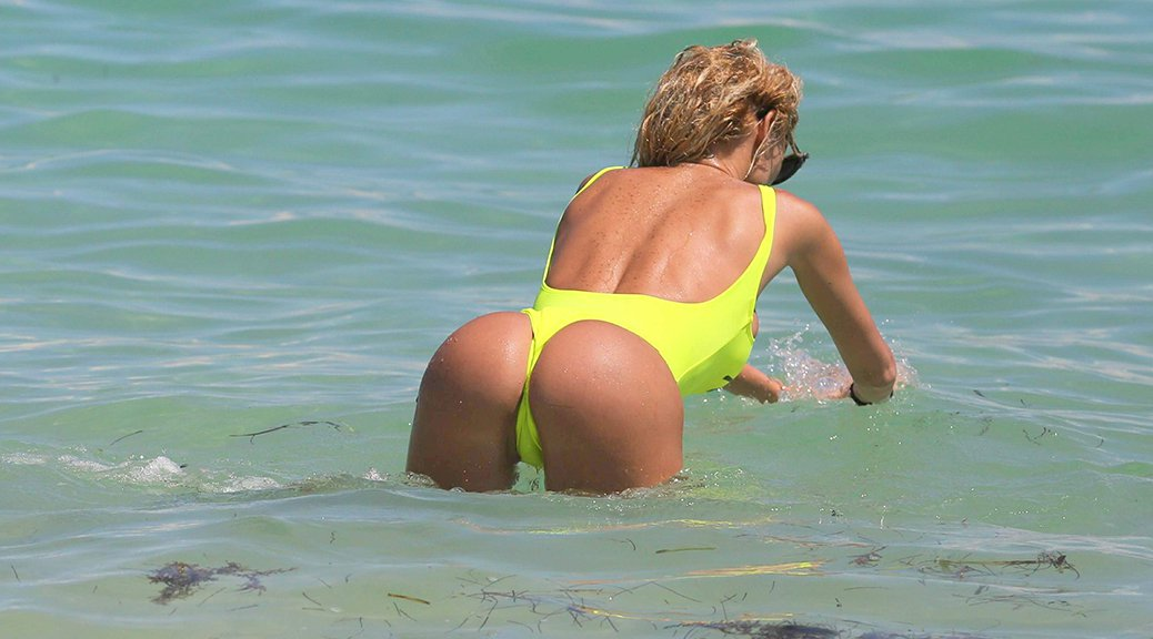 Vicky Xipolitakis - Swimsuit Candids in Miami