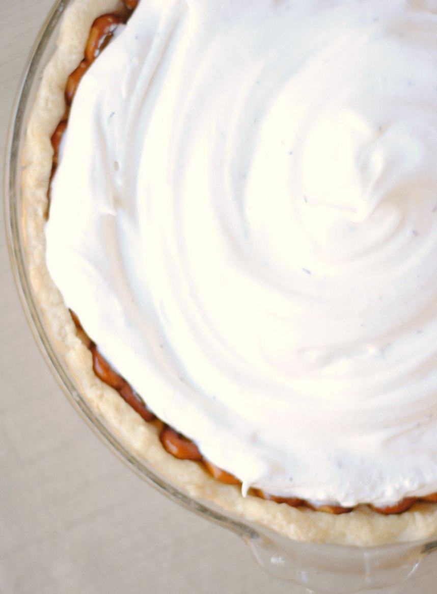 Butterscotch Pie with Thyme Meringue and Pretzel Crust | Hottie Biscotti
