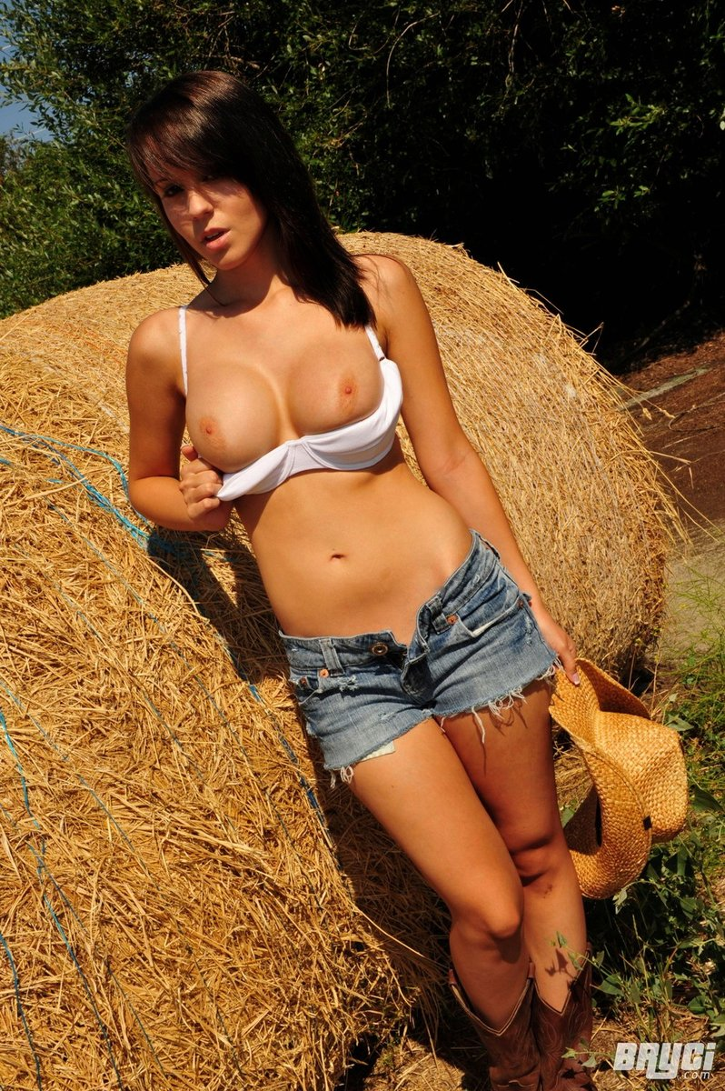 sexy babes massive tits naked hard fuckin