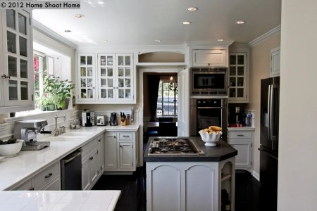 colonial kitchen 1