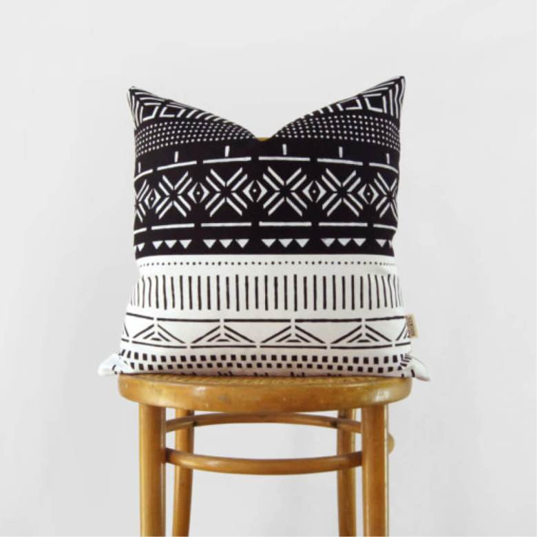 mud-cloth-throw-pillow10