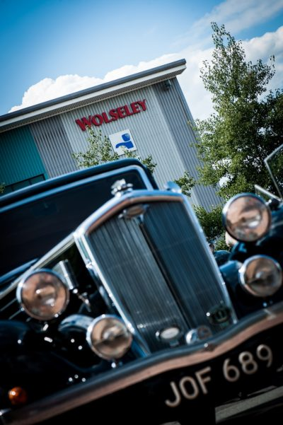 Wolseley UK to axe up to 800 staff