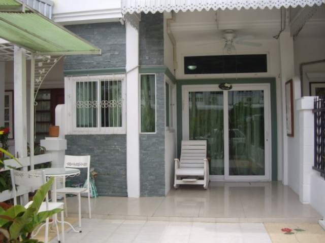 Town House for sale at soi sprot villa