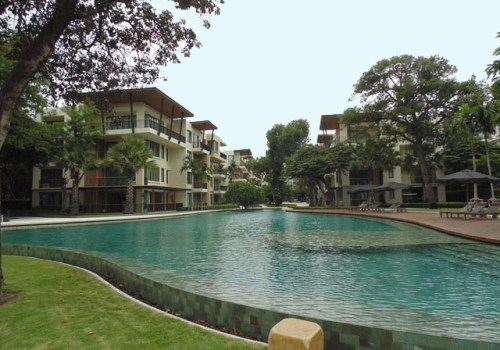 2 bedroom beach front dondo for rent HUa Hin Thailand