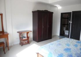 2 Bedroom Close to Hua Hin center Town House For Sale