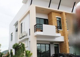 2 Bedroom Town House For Sale Hua Hin Thailand.