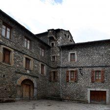 Casa Escuy - Anciles