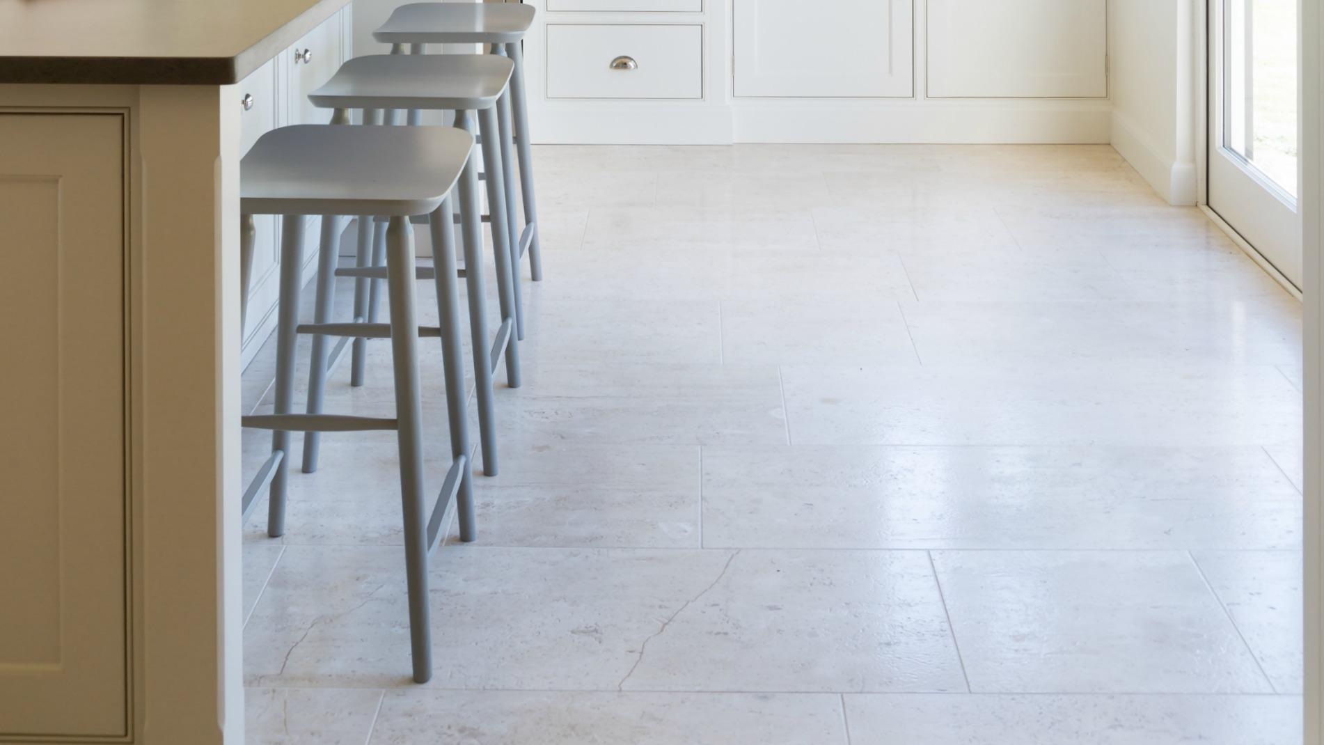 Pavilion Limestone Honed - Humphrey Munson Stone Atelier