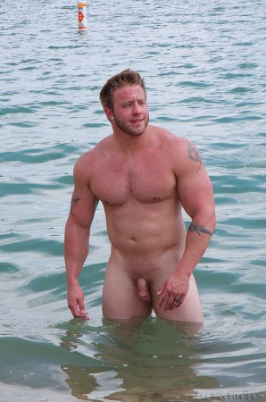 nude-beach-men