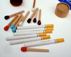 Канцелярский набор из спичек и сигарет
