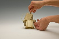 Игрушки-гаджеты Kinetic Robot для офисного стола (9)