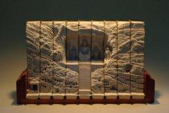 Галерея скульптур из книг от Гая Ларами (6)