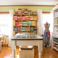 A sunny sewing room + folding fabrics to size