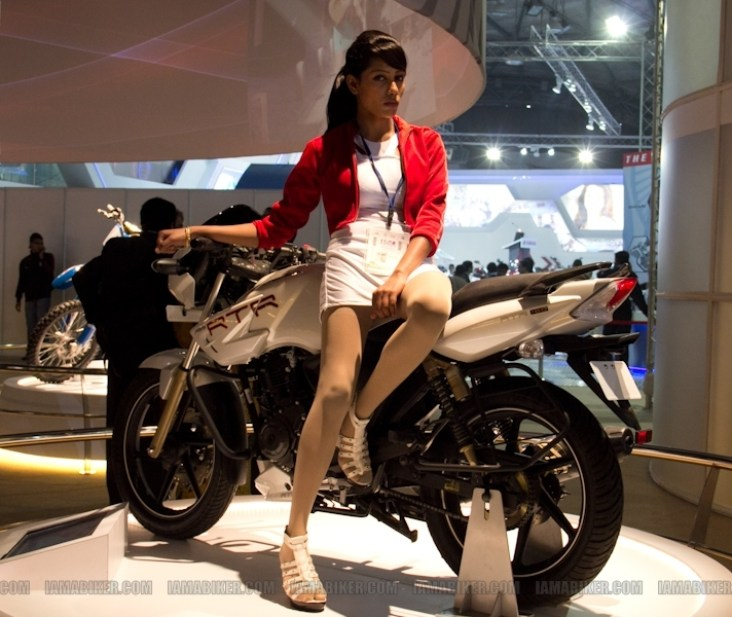 Auto Expo 2012 Eyecandy 10