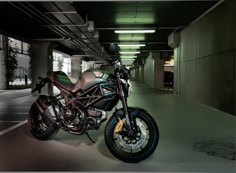 Ducati Monster Diesel Edition 12